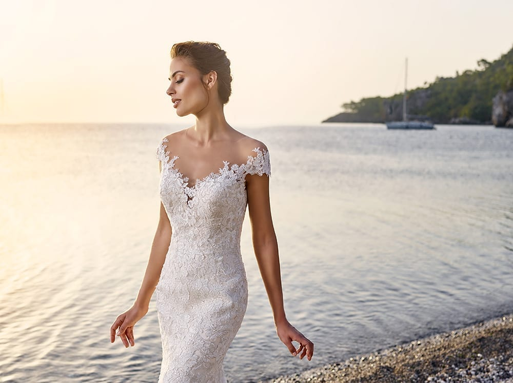 Mermaid wedding dresses with 34 sleeves