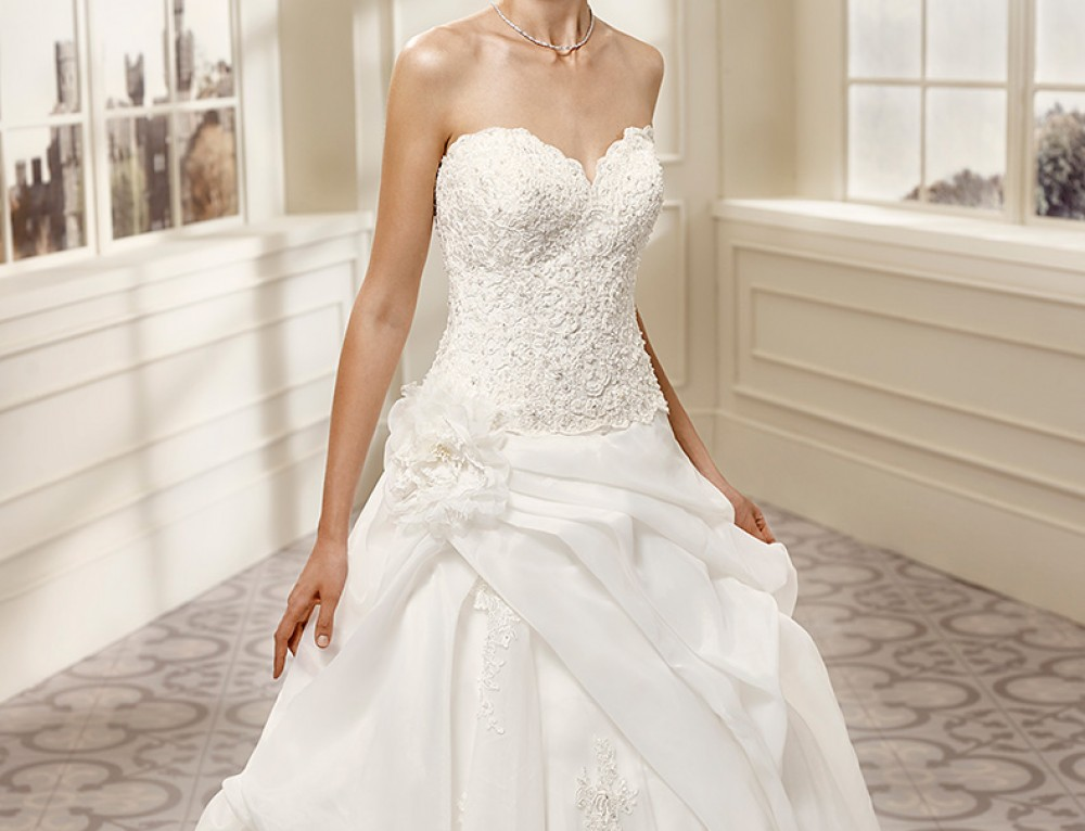 Wedding Dress EKC1057