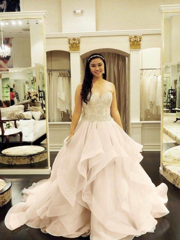 Wedding Wednesday: Wedding Dress shopping with Lynne Gabriel at ...