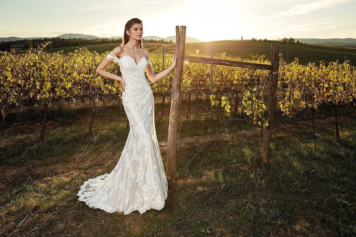 35b1380b0cf Wedding Dress EK1218