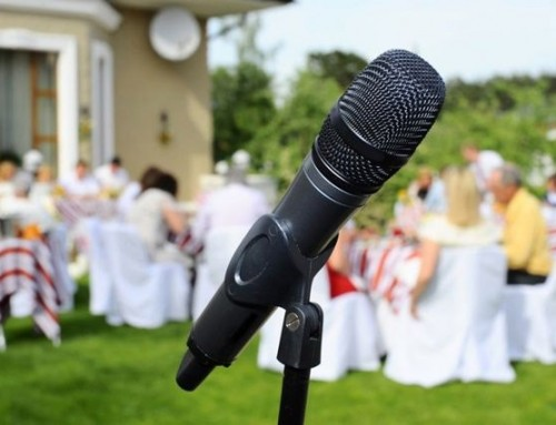 How to write a wedding toast speech [+15 wedding toast quotes]