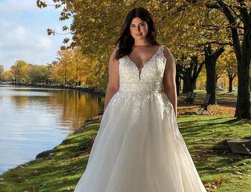 Wedding Dress UR221  2022 Collection