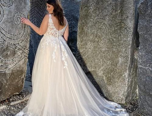 Wedding Dress UR224  2022 Collection