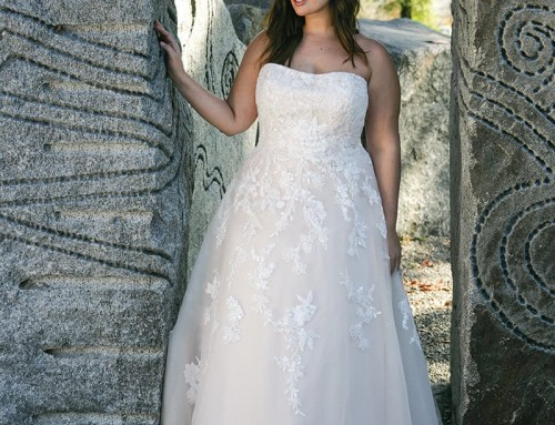 Wedding Dress UR225  2022 Collection