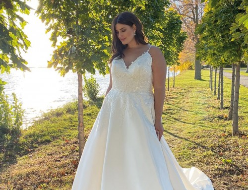 Wedding Dress UR230  2022 Collection